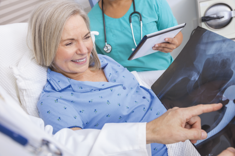 hip replacement pain